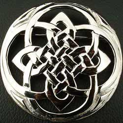 Plaid Brooch Celtic Knot