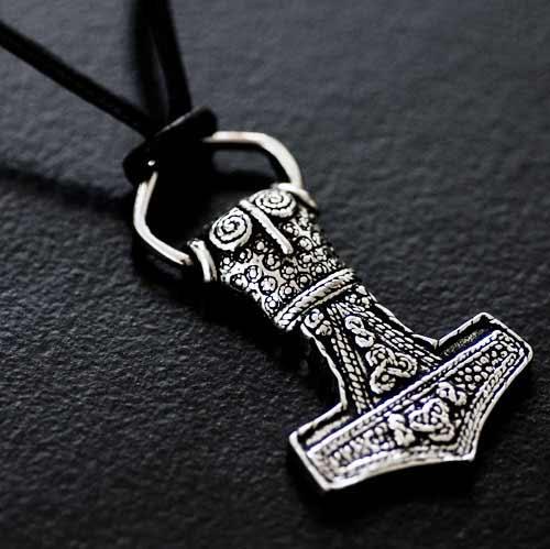 Mjölnir Viking Pendant