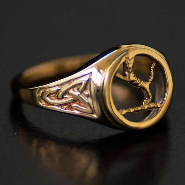 Chattan Clan Gold Crest Ring