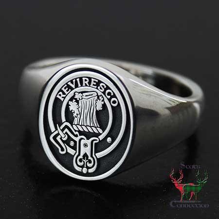 Womens Clan Crest Signet Ring
